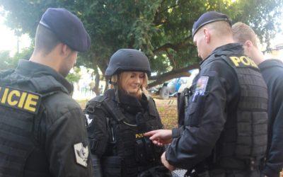 """""""STAŇTE SE JEDNÍM ZNÁS   – přijďte si vyzkoušet den ve službě pražského policisty"""""""